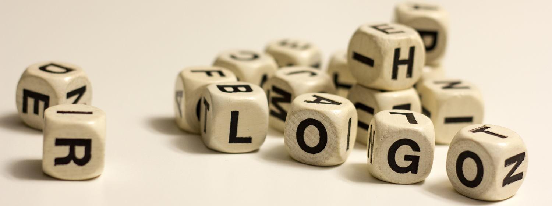 Buchstabenwürfel. Foto: Mary Cronos
